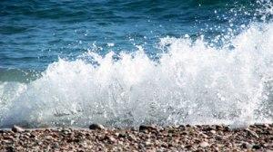 mare-valuri